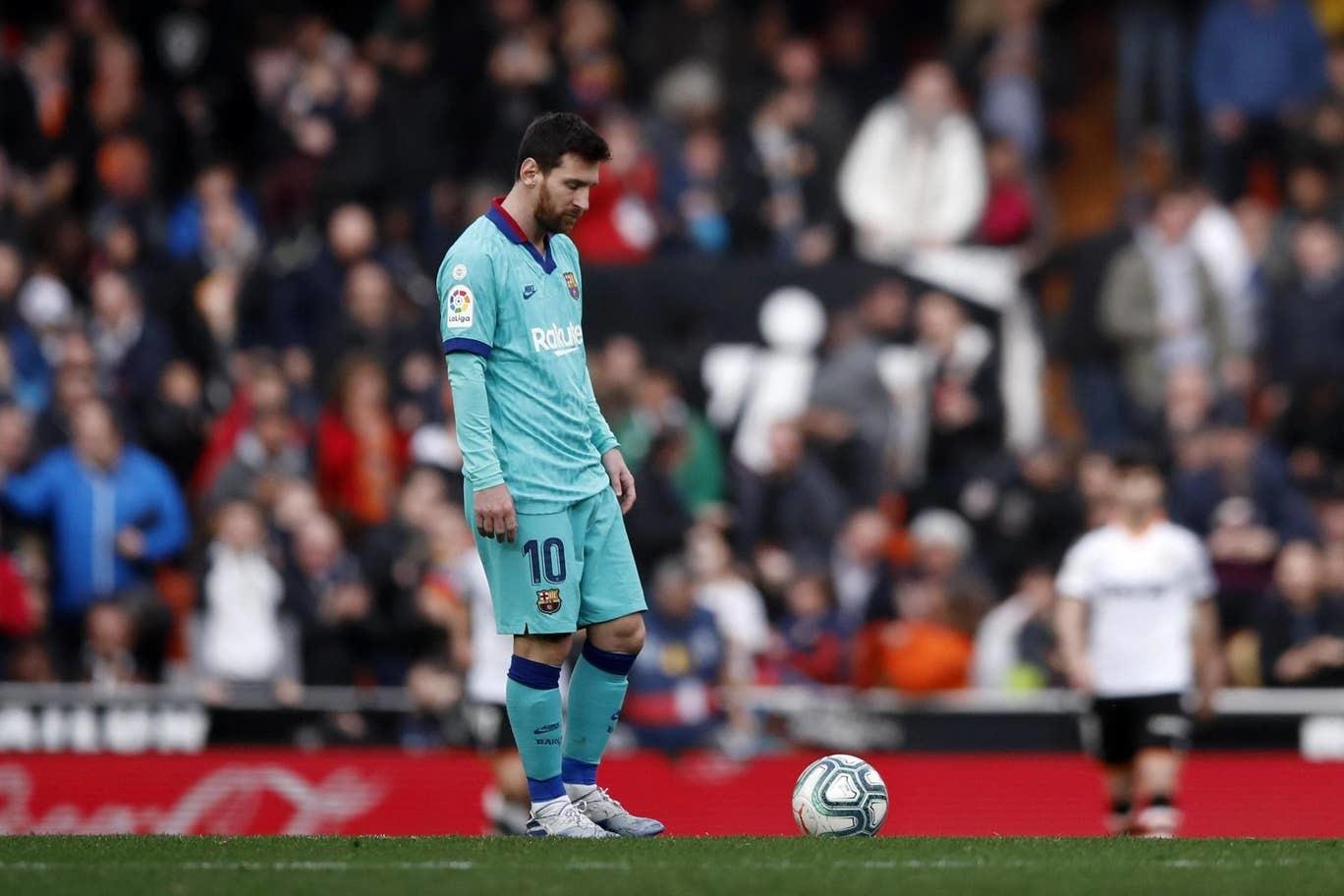 Messi bất lực, Barca thua bẽ bàng trước Valencia
