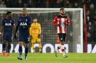 Tottenham đánh rơi chiến thắng, Mourinho tiếc hùi hụi