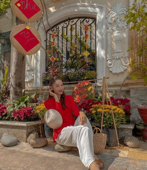 Hà Tăng, Hà Hồ ngọt ngào trong vòng tay chồng, bạn trai ngày Tết
