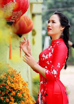 Á hậu,Trang Viên,ca sỹ,cô giáo
