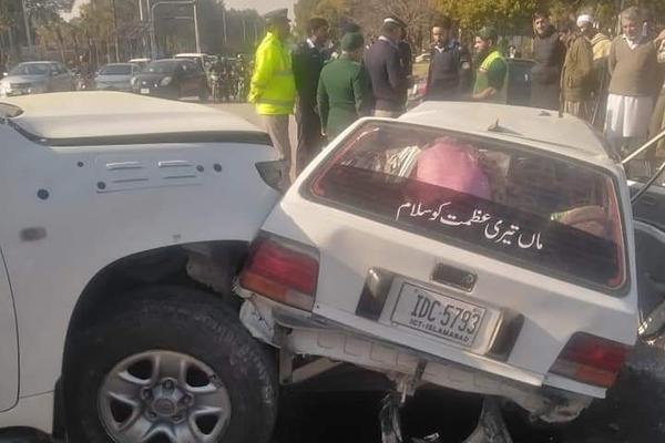 Xe sứ quán Mỹ gây tai nạn ở Islamabad, 2 người thiệt mạng