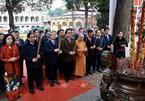 Thường trực Ban Bí thư dâng hương tại Hoàng Thành Thăng Long