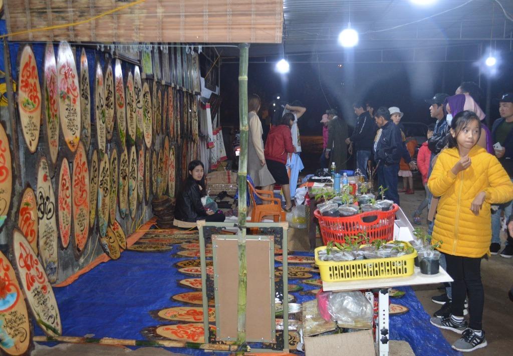 chợ độc đáo,chợ truyền thống