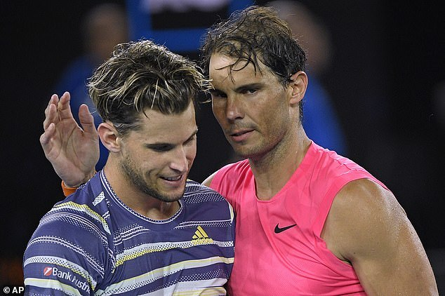 Nadal bị Thiem 'đá bay' khỏi Australian Open