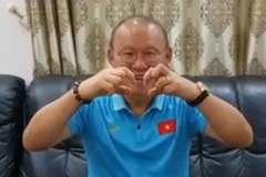 HLV Park Hang Seo chúc mừng đám cưới của Phan Văn Đức