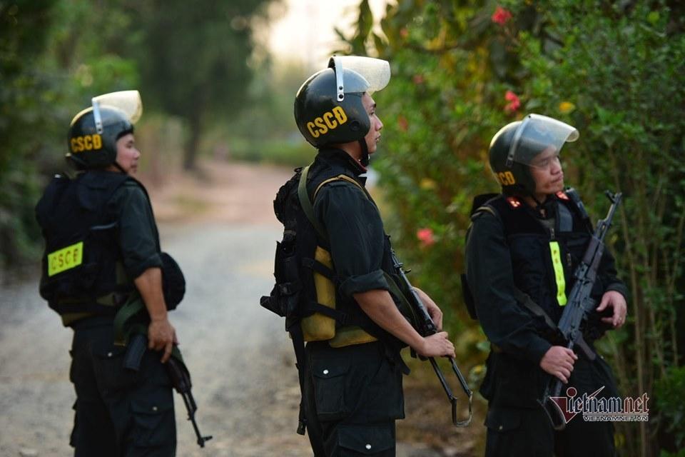 Báo động đặc biệt, có thể tiêu diệt nghi phạm vụ nổ súng 5 người chết