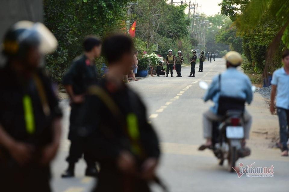 Thứ trưởng Công an chỉ huy vây bắt nghi phạm vụ bắn súng 5 người chết