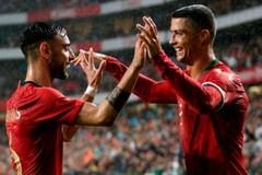 Ronaldo hết lời khen bản hợp đồng mới của MU