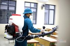 Hà Nội phun khử trùng 3.000 trường học