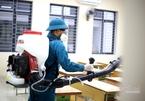 Hà Nội phun khử trùng 3.000 trường học trong 2 ngày cuối tuần phòng dịch corona