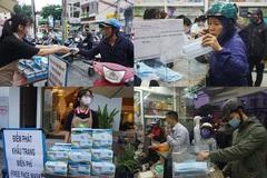 Hàng loạt cửa hàng, quán cafe phát miễn phí khẩu trang phòng virus corona