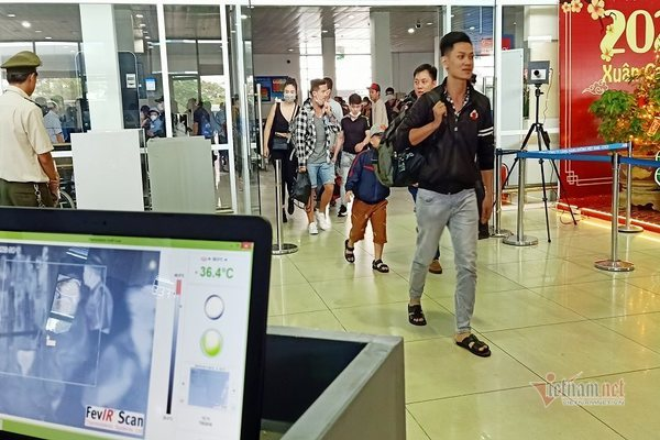 Đại học Huế 'lệnh' sinh viên nghỉ học, dừng lễ hội trên toàn tỉnh