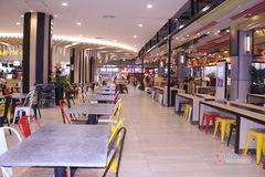 Lo sợ corona, siêu thị, quán xá vắng khách dịp cuối tuần