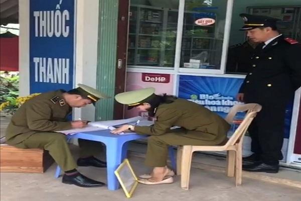 9 quầy thuốc ở Quảng Bình bị phạt 30 triệu vì bán khẩu trang giá cao