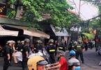 Gần trăm cảnh sát bao vây kẻ ôm bình gas cố thủ trong nhà