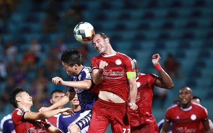 VPF đổi lịch V-League đối phó đại dịch Corona
