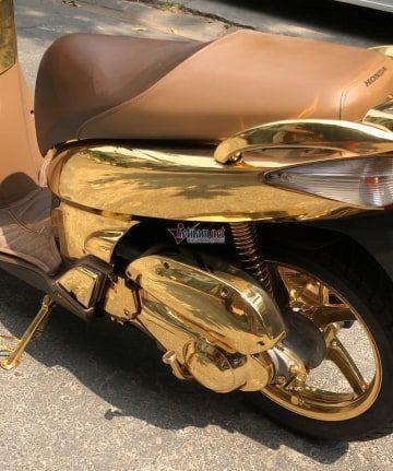 Tiết lộ bất ngờ về chiếc SH mạ vàng giá 1,5 tỷ đang gây sốt