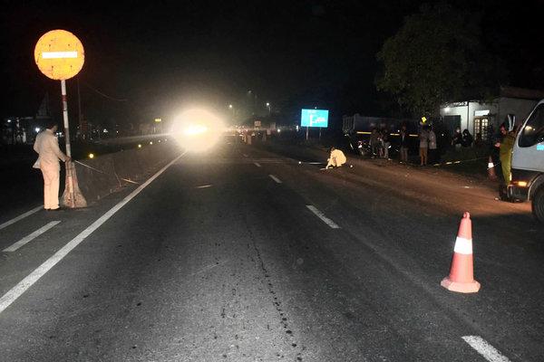 Đi bộ qua đường, người đàn ông bị xe máy tông tử vong ở Quảng Trị