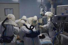 Thêm một bác sĩ lừng danh TQ thiệt mạng vì virus corona