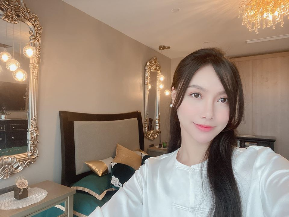 MC Minh Hà khoe phòng ngủ sang trọng như khách sạn