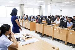 Tuyển công chức, viên chức sẽ giảm điều kiện chứng chỉ ngoại ngữ, tin học