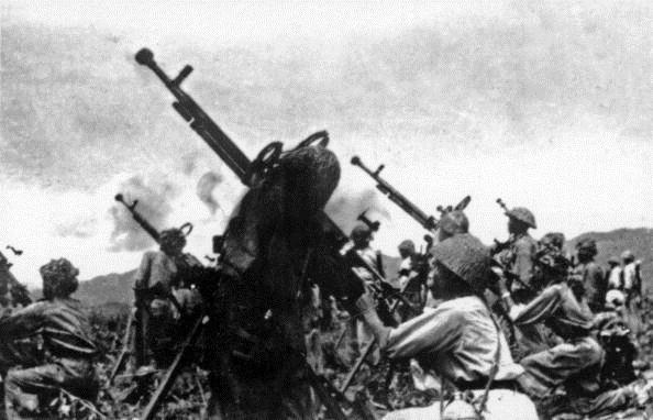 Trận đánh của pháo binh Việt Nam khiến tướng giặc tự sát vì bất lực