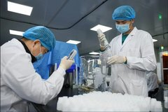 Thêm một bác sĩ TQ tại 'tuyến đầu' chống dịch Covid-19 tử vong