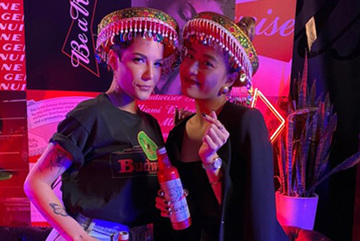Halsey chụp ảnh thân thiết cùng Hoàng Thùy Linh trong sự kiện BudXMiami