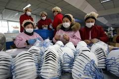 Trung Quốc cứu nền kinh tế đang sốt cao vì virus Vũ Hán như thế nào?