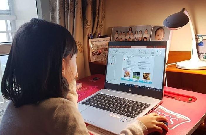 Râm ran học trực tuyến mùa phòng dịch
