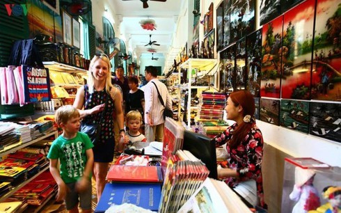 Tourists to HCM City sees 12 percent drop amid novel coronavirus fears