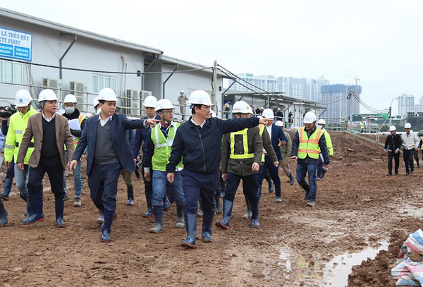 Hanoi leader urges completion of wastewater project