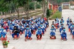 Nghệ An cho nghỉ học, học sinh Hải Phòng trở lại trường