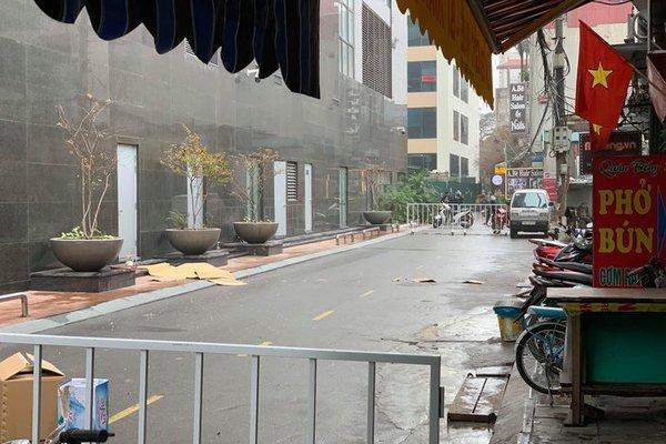 1 phụ nữ rơi từ tầng 20 chung cư Golden Palm, tử vong ở Hà Nội