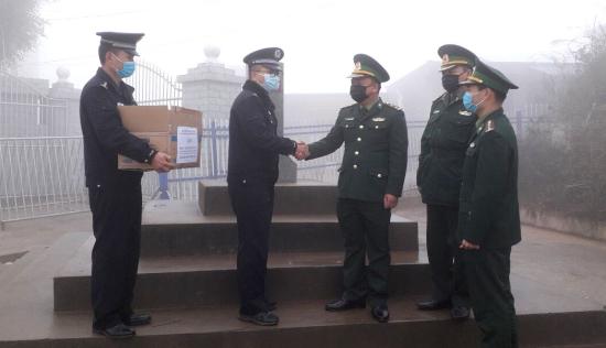 Tăng cường hơn 1.300 chiến sĩ lên các cửa khẩu phòng chống dịch corona