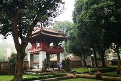 Hanoi re-opens relic sites, tourist attractions