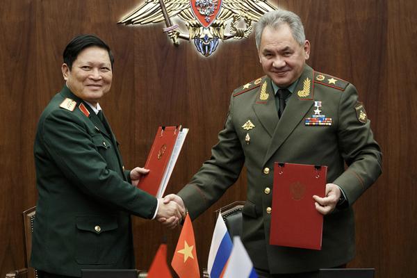 Việt Nam và Nga ký Tuyên bố Tầm nhìn chung về hợp tác quốc phòng