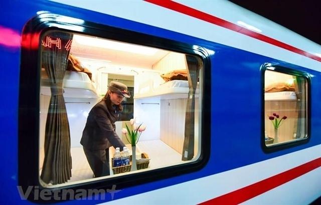 Hanoi railway company reduces sleeper-class ticket prices
