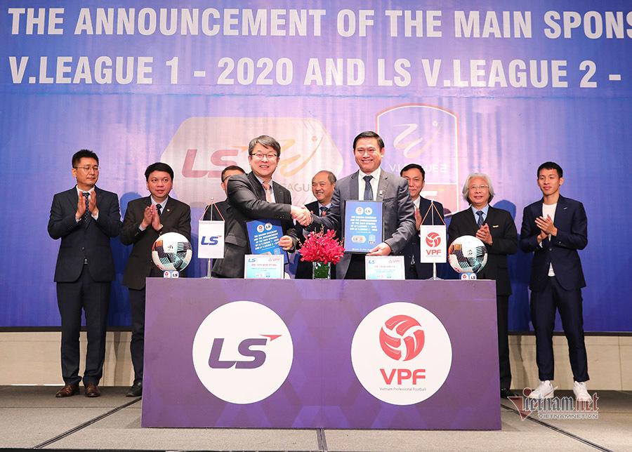 Nhờ HLV Park Hang Seo, V-League có tài trợ từ Hàn Quốc