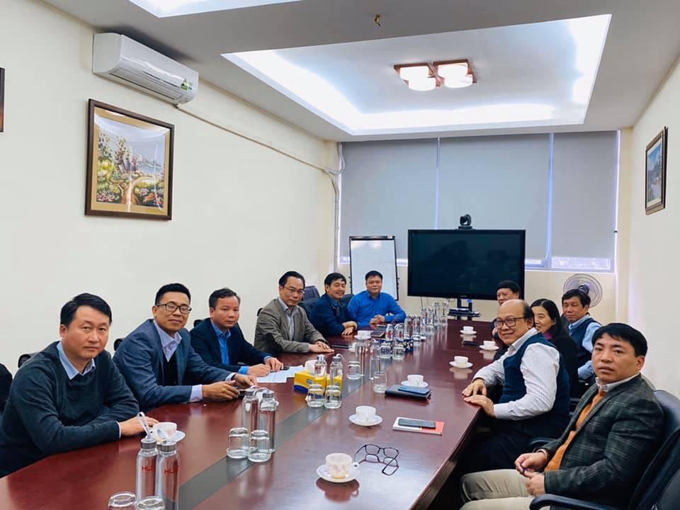 ĐH Bách khoa Hà Nội lấy ý kiến sinh viên về việc lùi lịch học thêm 1 tuần