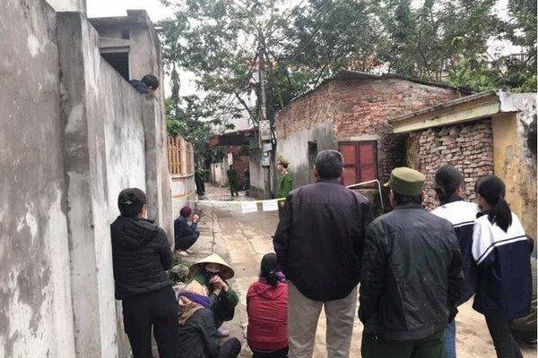 Lao vào can 2 con đánh nhau, mẹ tử vong, bố bị chém nguy kịch ở Hà Nội