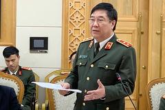 Trung tướng phải gọi điện chỗ này chỗ khác 'xin' ý kiến về văn bản luật