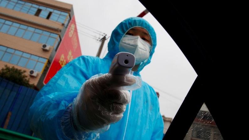 Số người chết do virus corona tăng vọt, hàng vạn ca nhiễm bệnh