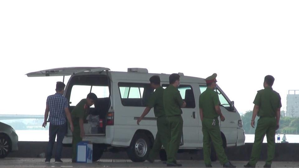 Khám xét nơi ở của nghi phạm chặt xác cô gái nhét vali ở Đà Nẵng