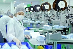 Vietnam sees sharp increase in face mask export revenue