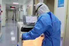 Xem các robot đặc trách giúp bệnh viện TQ chống virus corona