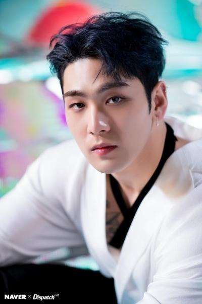 Sao Hàn liên tục bị hủy diễn, phim hoãn chiếu vì virus corona bùng phát