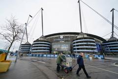 Hoãn trận Man City vs West Ham vì thời tiết xấu