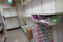 Giấy vệ sinh cháy hàng ở Singapore vì lo ngại virus corona