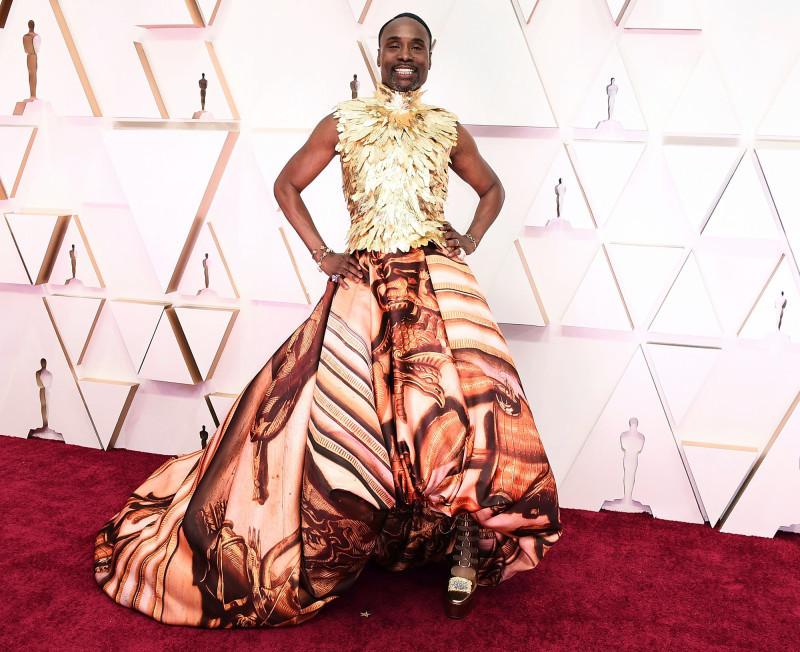 Sao đua nhau hở bạo không nội y trên thảm đỏ Oscar 2020